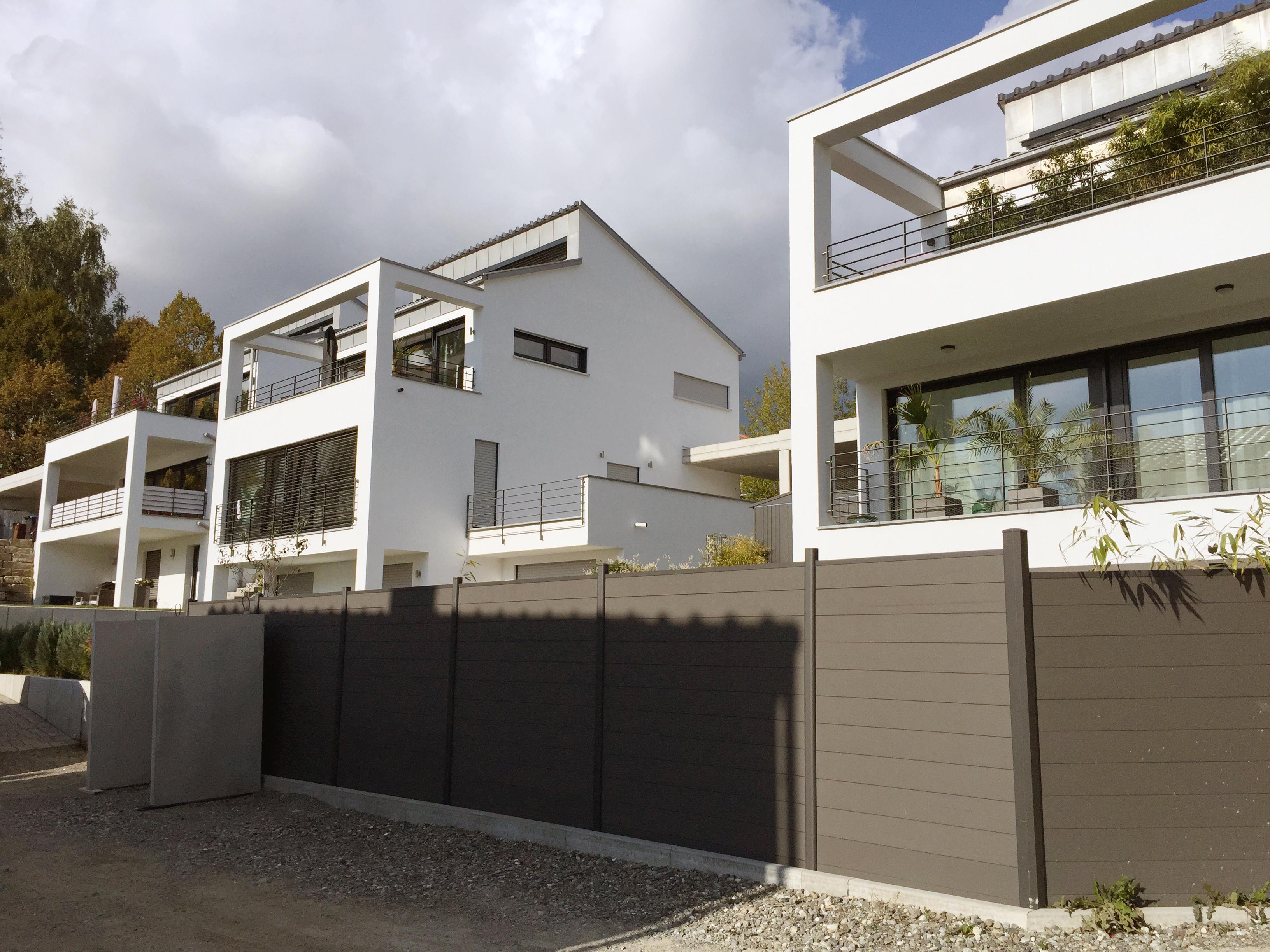 Ensemble von 6 Einfamilienhäusern mit Seesicht
