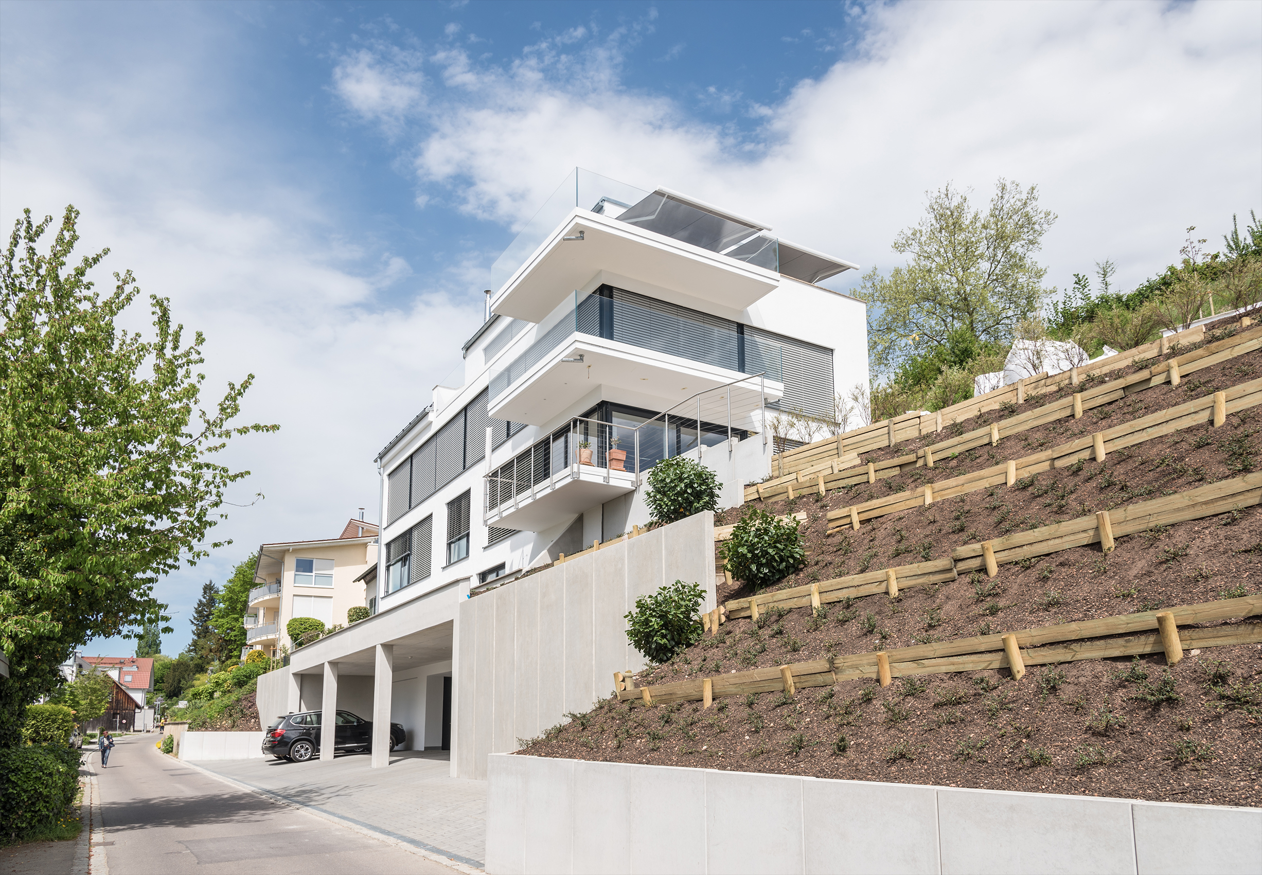 Luxus-Mehrfamilienhaus mit See- und Alpensicht