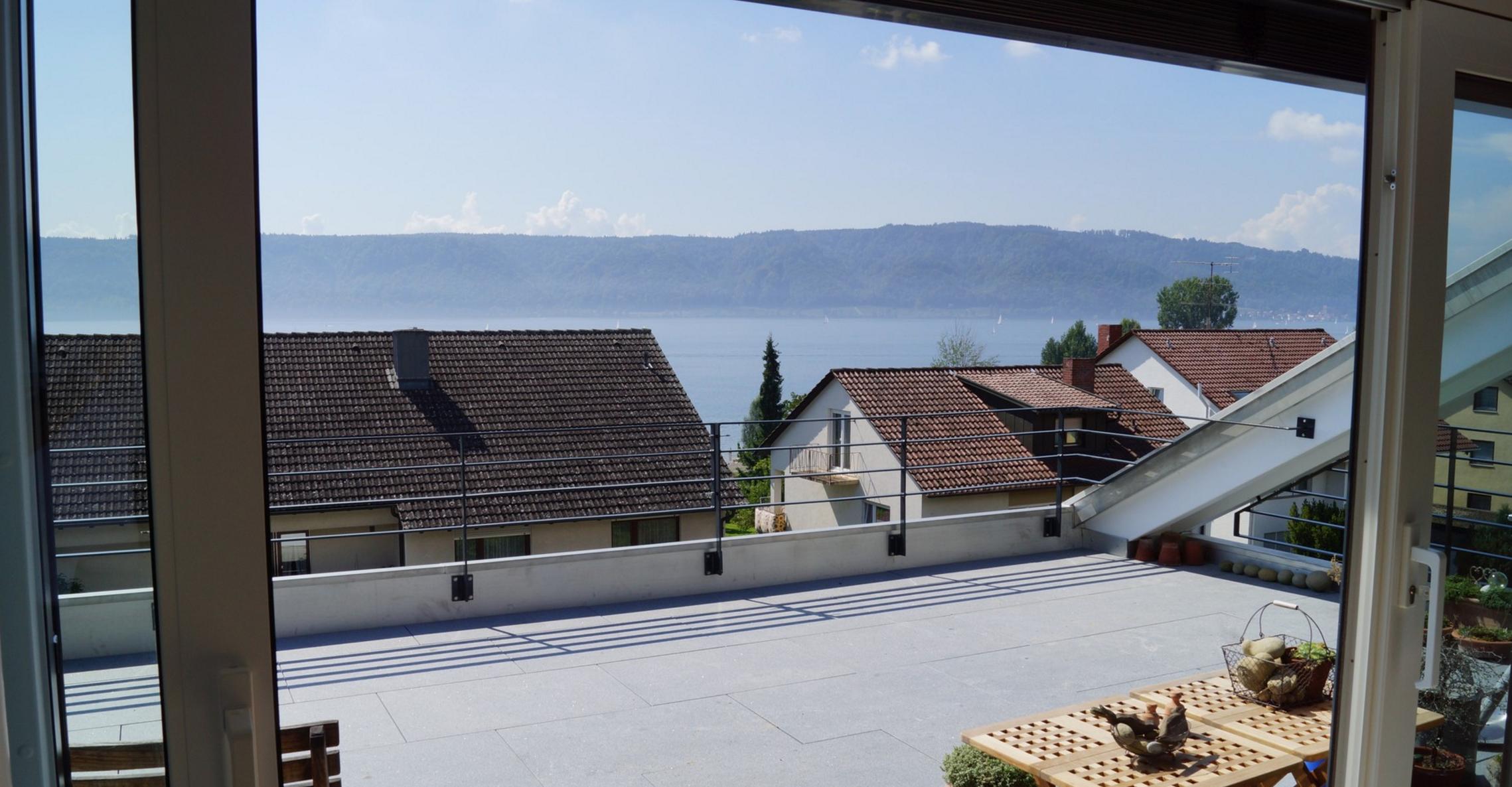 Mehrfamilienhaus mit Seesicht